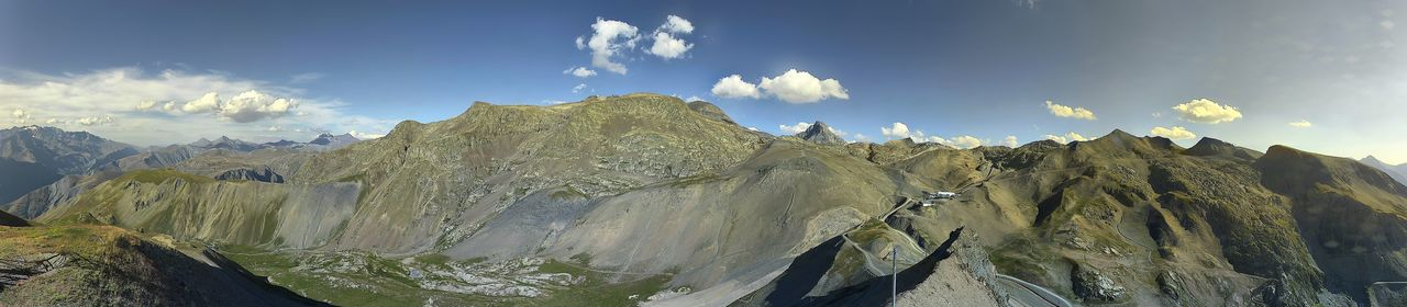 Webcam 2 Alpes - La Fée - 2600m