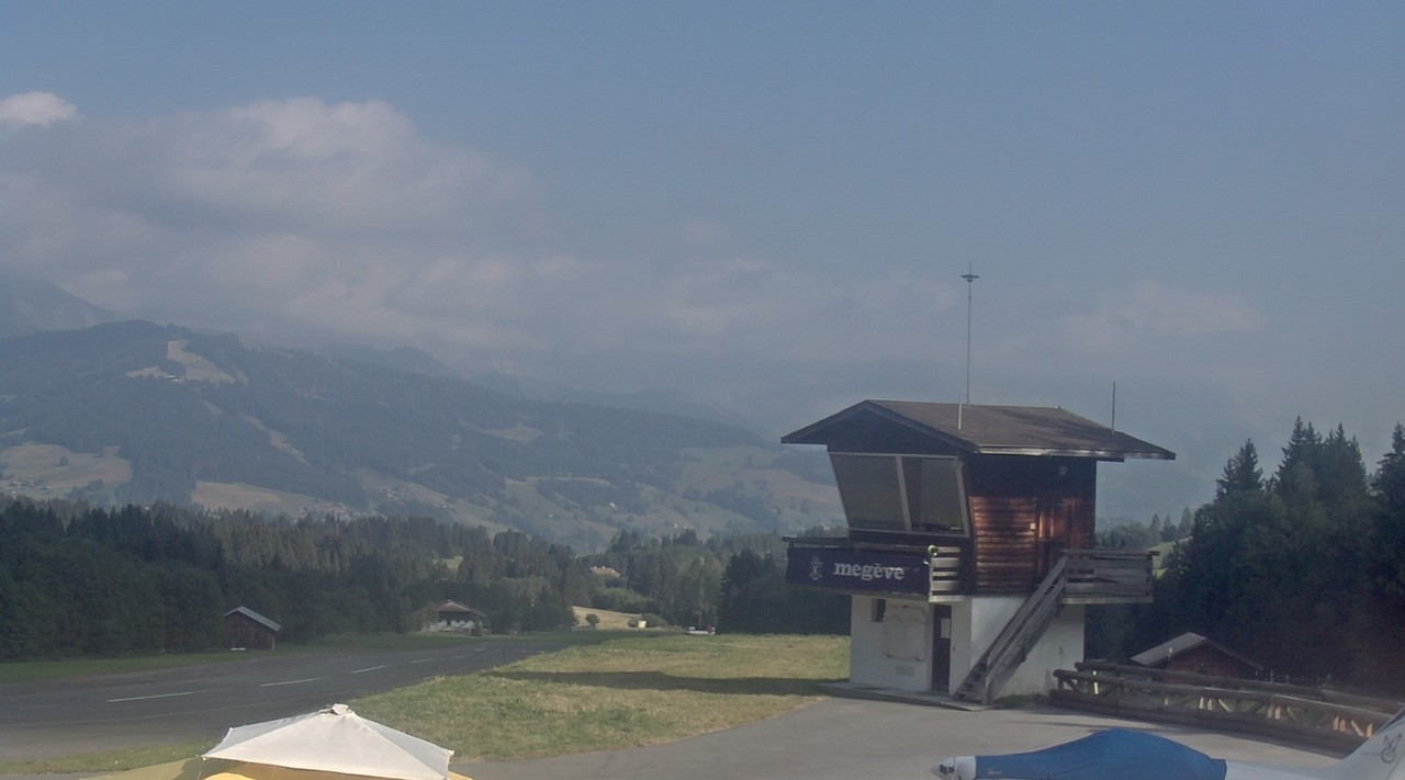 Webcam from Megeve Altiport