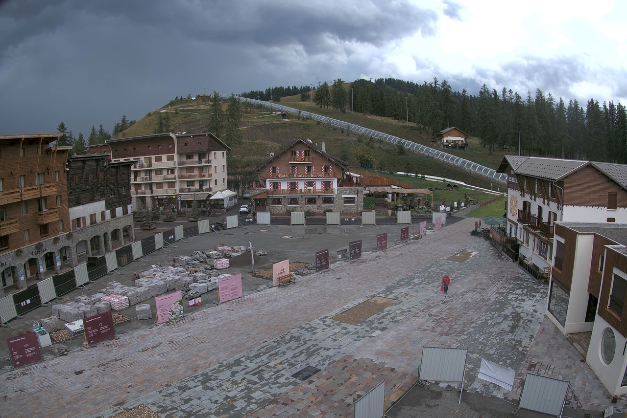 Webcam Valberg - Station - Place du village (Place Quartier)