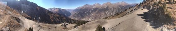 Arrivée du TS du Carrelet 2300 m, vue sur la vallée et massif de la vanoise