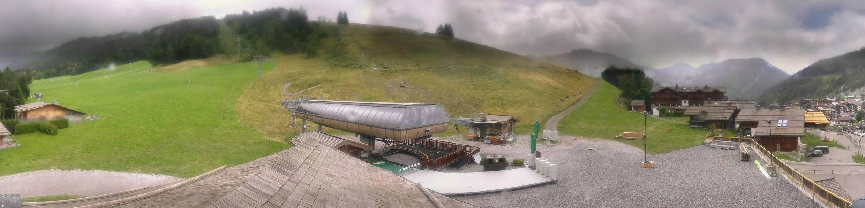 live La Clusaz webcam - Le Bossonnet ski station