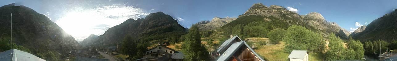 Image panoramique caméra La Bérarde